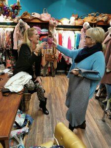 Jeannine Lombardi - Hier macht Shopping Spaß